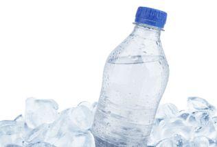 garrafa-congelada-28721771